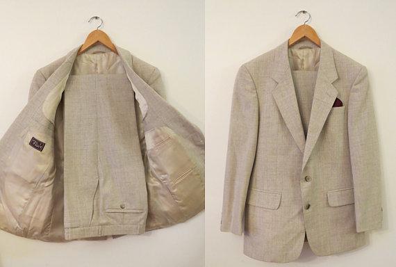 Hochzeit - Vintage Men's 80s 2 Piece Heather Beige Suit and FREE Vintage Tie