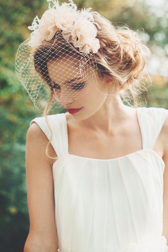 زفاف - Champagne Color Vintage Blusher Veil or Birdcage veil with hand pleated organza flowers, wedding veil, champagne birdcage veil - Santa Fe
