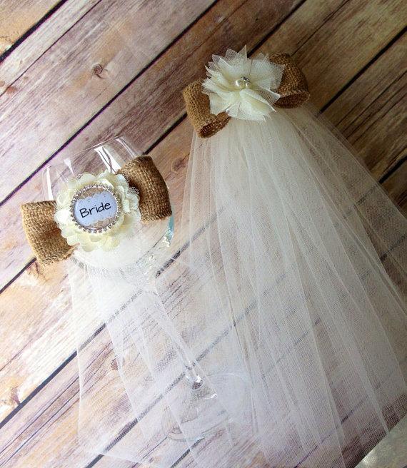 زفاف - Bachelorette party set - veil and bride Glass Garter - engagement party - rehearsal dinner- bridal shower- bridal gift- party glass