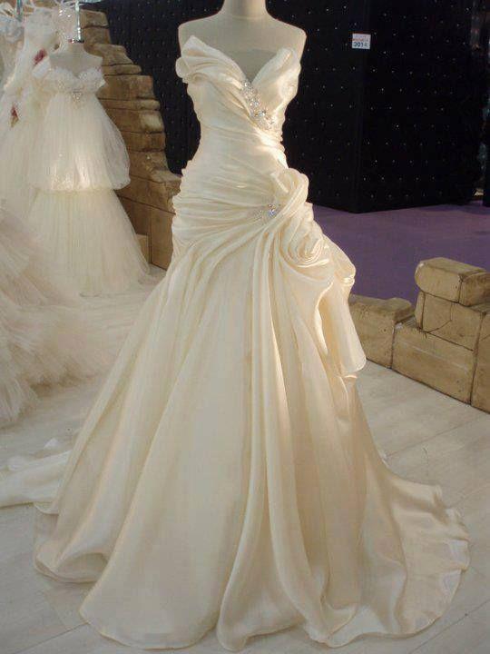Cream satin wedding dress my wedding ideas 2374632 for What to do with my wedding dress