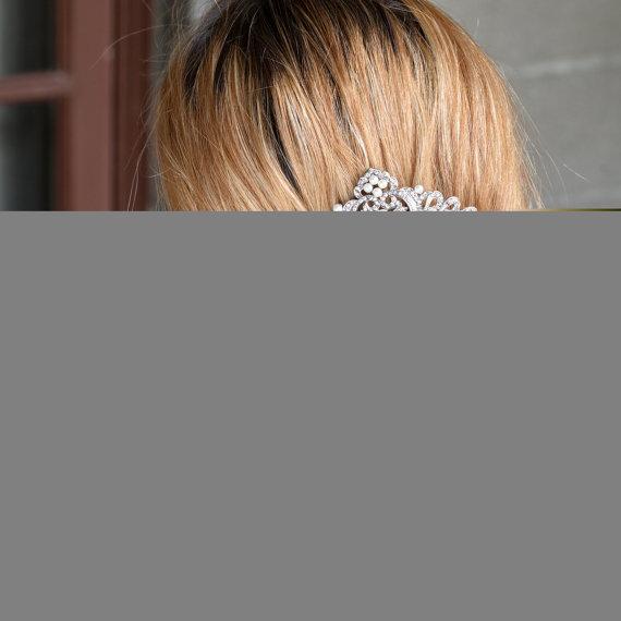 Mariage - Bridal Hair Comb, Bridesmaid Hair Comb,Flower Hair Comb, Vintage Style Hair Hairs, Wedding Hair Comb, Pearl Hair Comb, Hair Accessory-10375