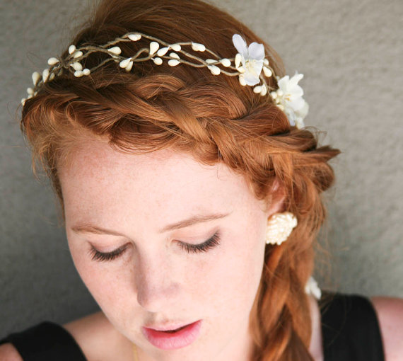 Mariage - Floral Hair Wreath Woodland Wedding Rustic Bridal Wreath with Flowers and Ribbon Ties Wedding Headpiece Rustic Wedding Headband Flower Crown