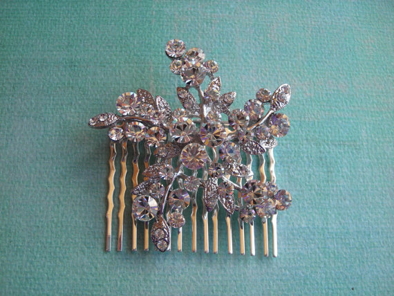 Mariage - HOLLY  Swirling Austrian Crystal Star/Snowflake Hair Comb