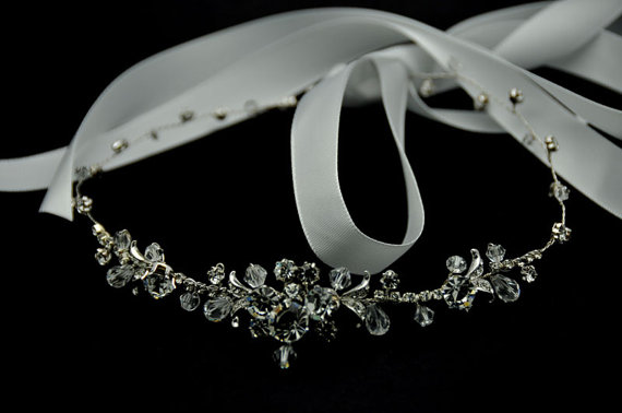 Hochzeit - Bridal Hair Vine - Crystal hair vine, halo