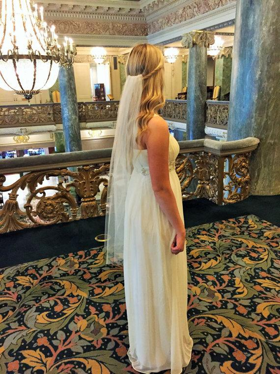Mariage - Fingertip Length one layer tulle veil