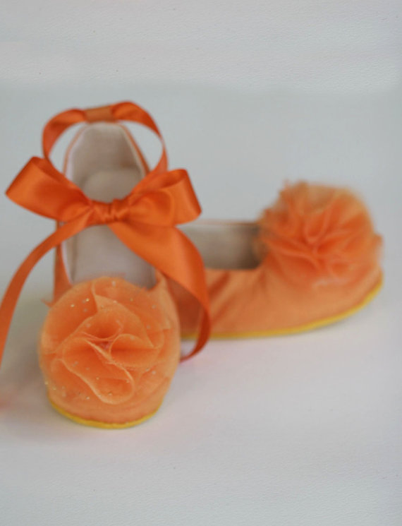 Hochzeit - Orange Flower Girl Shoe - Sizes NB - Y1 - Satin Baby, Toddler Ballet Slipper in 23 color - Little Girls Wedding Shoe - Baby Souls Baby Shoes