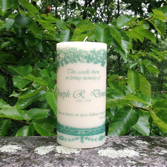 Hochzeit - Evergreen Remembrance Candle, In Loving Memory Candle, Wedding Memorial Candle, Personalized Candle, Funeral Candle, Sympathy Gift Candle