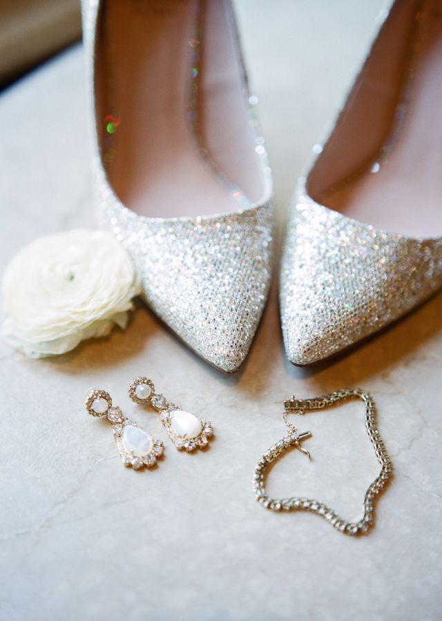 Mariage - Romantic Blush   Gold Ballroom Wedding In Oklahoma