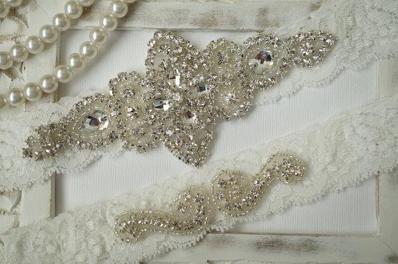 Mariage - Wedding Garter, Bridal Garter Set - Ivory Lace Garter, Keepsake Garter, Toss Garter, Rustic Wedding - Style 100A