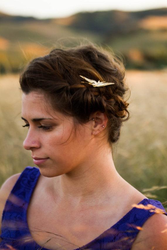 Mariage - Bird Bobby Pin Gold Bird Hair Pin Bird Hair Clip Pretty Woodland Hair Pin Gold Bird In Flight Hair Clip Wedding Hair Accessory