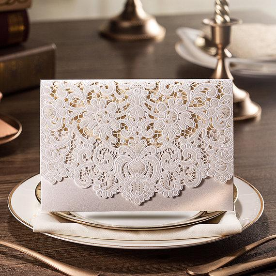 Свадьба - 50 Pcs Luxury Pocket Lace Wedding Invitation + 50 RSVP Cards + 50 Info Cards -- Ship Worldwide 3-5 Days -- Set of 50