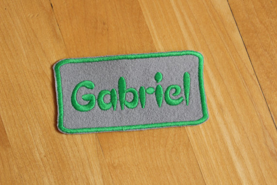 Свадьба - Custom Felt Iron-on Name patch, 4x2 inches, Monogrammed Personalised name tag, embroidered name patch F39