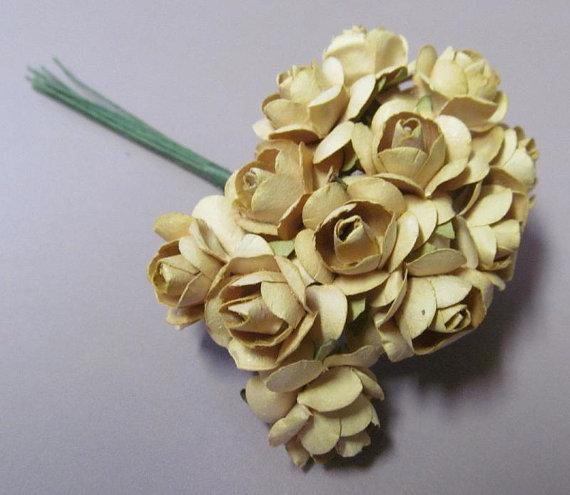 زفاف - 12 Paper Roses in Tan Color for Paper Crafting, Wedding Decor Craft Room Destash New