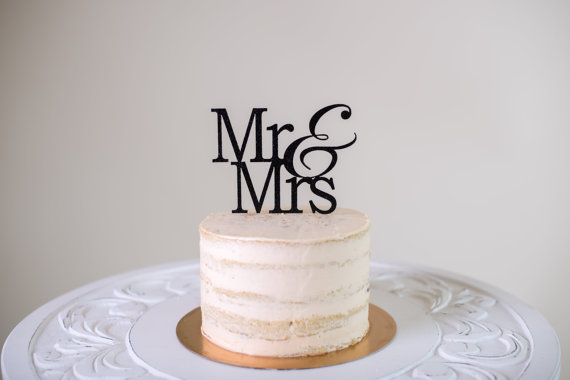 Свадьба - Mr & Mrs Cake Topper
