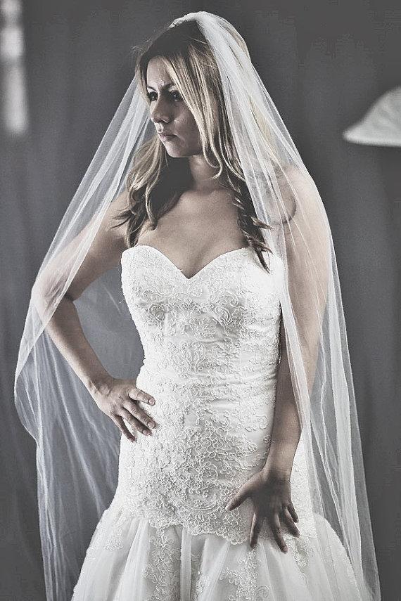 Hochzeit - high quality veil, custom made veil, ivory veil, offwhite veil, white veil, bridal illusion veil, long veil, simple veil, veil