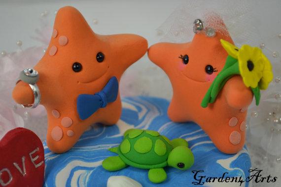 Свадьба - Custom Wedding Cake Topper--Starfish Love with Ocean base-for Summer Beach Wedding