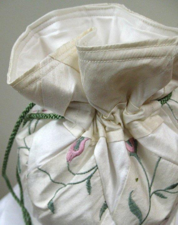 Hochzeit - Patchwork Ivory and White Silk Brocade Drawstring Bag