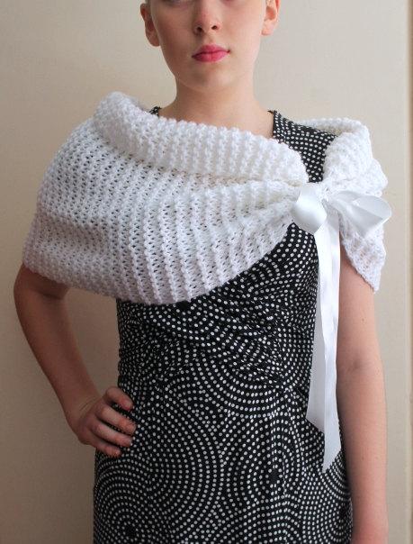 Mariage - White Bridal Shawl, Winter  Wedding Stole, Wedding Wrap, Bridal shawl, bridesmaid shawl.