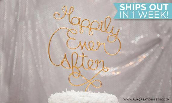 Hochzeit - Happily Ever After Cake Topper / Romantic Cake Topper / Wire Cake Topper / Wedding Cake Topper / Cute Wedding / Romantic Wedding