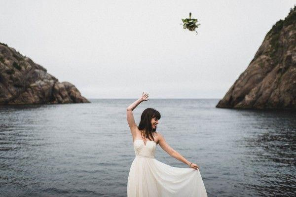 Mariage - Carefree Elopement At Cape Spear Lighthouse