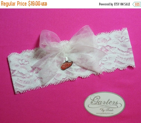 Свадьба - ON SALE White Lace Handmade Keepsake Garter with Detrioit Red Wings Charm