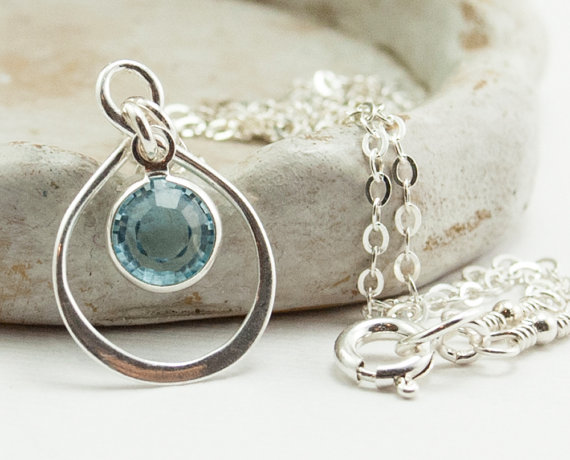 Mariage - Flower Girl Gift. Personalized Infinity Necklace. Flower Girl Jewelry. Flower Girl Necklace. Aquamarine Necklace. March Birthstone Necklace