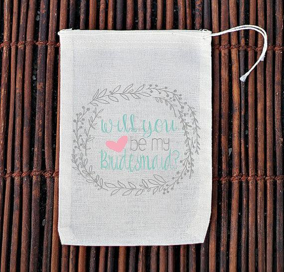 Hochzeit - Will You Be My Bridesmaids Bridal Party Bag- Muslin Cotton Mini Favor Bags