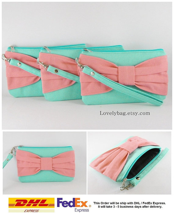 Hochzeit - SUPER SALE - Set of 7 Mint with Peach Bow Clutches - Bridal Clutches, Bridesmaid Wristlet, Wedding Gift, Zipper Pouch - Made To Order