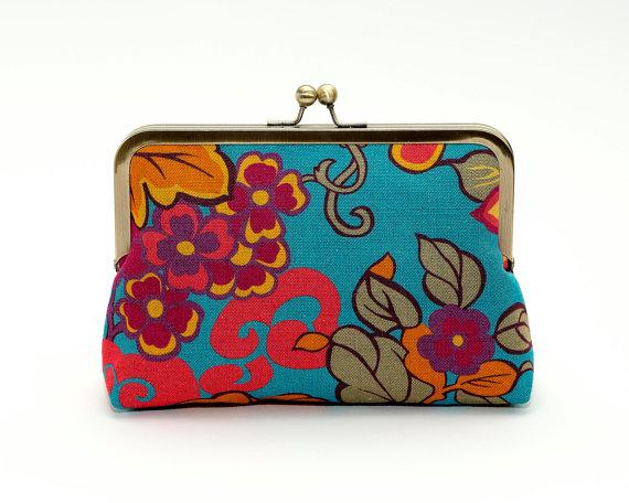 Hochzeit - Floral linen  clutch, Liberty of London print, Bag Noir, Bridesmaid clutch, Weddings bride formal clutch purse
