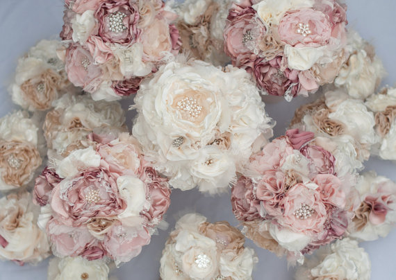 Свадьба - Brooch Bouquet, Fabric Flower Wedding Bouquet, vintage style lace, rhinestone and pearl brooches Custom bouquet dusty pink, champagne, ivory