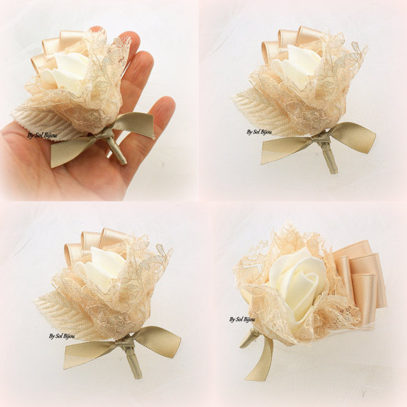 Mariage - Boutonniere, Wedding, Button Hole, Groomsmen, Groom, Mother of the Bride, Corsage, Gold, Champagne, Ivory, Lace, Simple, Vintage Wedding