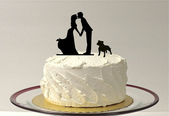 Mariage - Kissing Couple Silhouette Wedding Cake Topper with Dog Bulldog Pitbull Bully Breed Dog English Bulldog American Bulldog Wedding Cake Topper