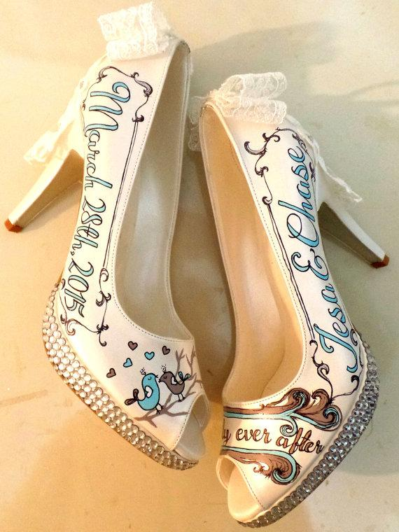 Свадьба - LOVE Birds - Rustic Wedding Shoes with Lace Bows and Swarovski Crystals