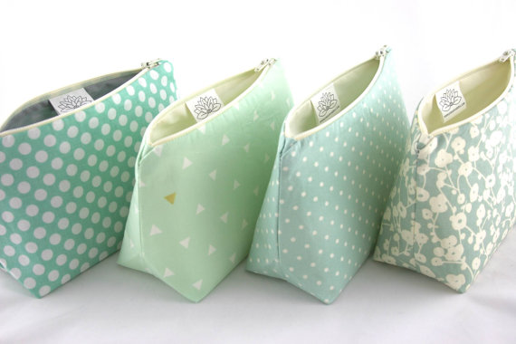 Mariage - Six Makeup Bag Bridesmaid Gifts: Pastel Seafoam and Mint Green Cosmetic Bags, Bulk Order Pricing, Custom Wedding Colors, Wedding Favor