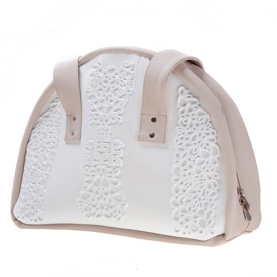 Свадьба - Non leather shoulder bag / vegan shoulder purse / branded white vinyl / easy to clean / durable and sustainable / can only be MeDusa