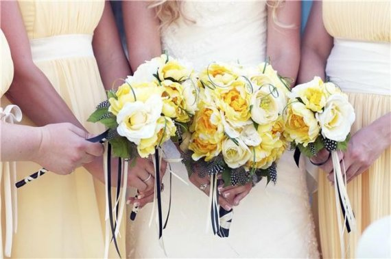 Mariage - ROMANTIC RUFFLES Wedding Bouquet With Guinea Feathers