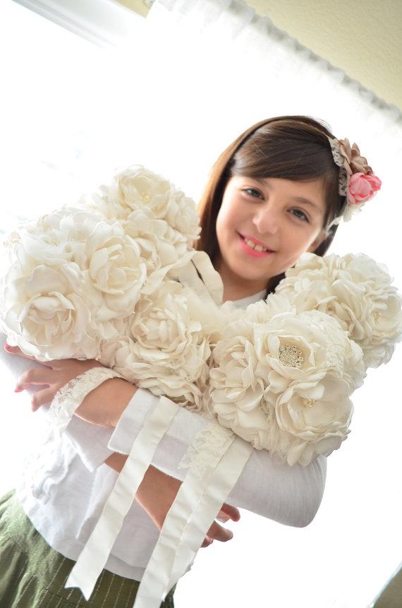 Hochzeit - Fabric Bouquet - Medium Size - Pure Cream - Bridesmaid Bouquets, Fabric Flowers, Fabric Bouquet, Heirloom Bouquet, Pure Ivory, Off White
