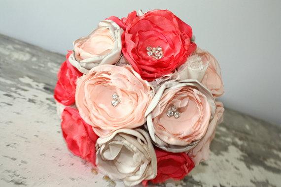 Hochzeit - Coral bouquet, Peach, coral and champagne wedding bouquet, brides bouquet, fabric flower bouquet,  keepsake bridal bouquet, coral and gold