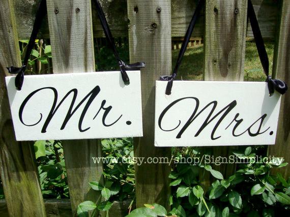 زفاف - Weddings signs, MR. & MRS., chair signs, photo props, single sided