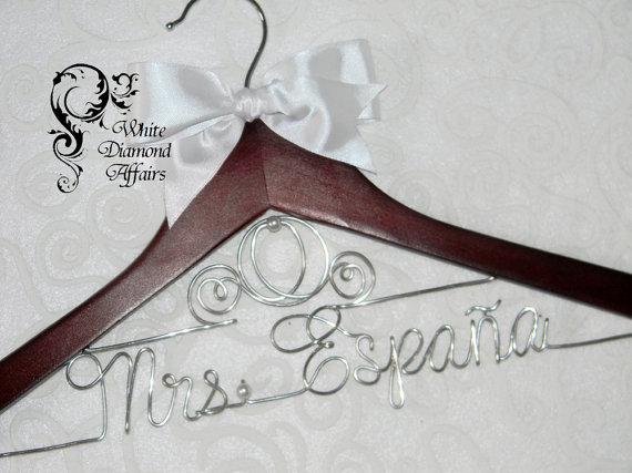 Mariage - Cinderella Fairytale Coach Themed Wedding Dress Hanger, Disney Princess Carriage Personalized Bridal Hanger, Disney Wedding, Gift Wire