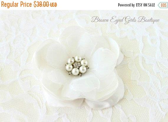 Wedding - On Sale Ivory Bridal Flower Hair Clip, Ivory Bridal Fascinator