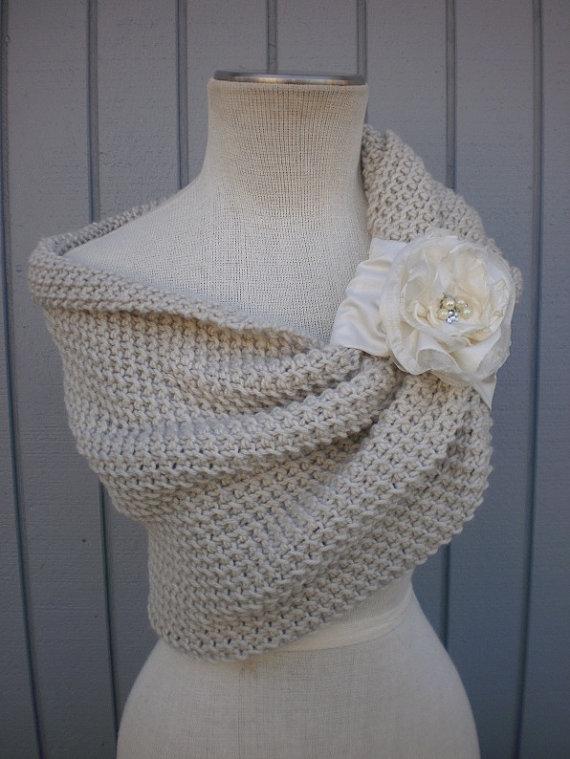 Mariage - Shrug off white , Bridal shawl, Bridal Bolero,Cape,Cover Up, Evening Shawl,Wrap,Bridal Cape,Bridesmaid Shawl Shrug,Bridesmaid Bolero