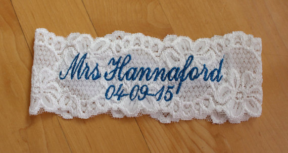 Mariage - Custom name and date Monogrammed Garters, Wedding Bride Personalized Garter. Stretched Lace, Custom Plus Size, Petite Size Garters. F11