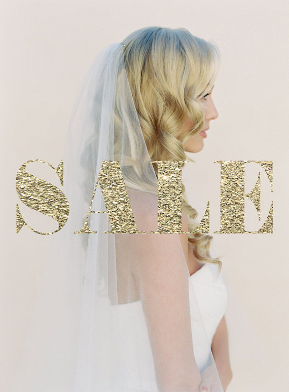 Mariage - SALE Blush Drop Wedding Veil with a Little Gather, Simple Tulle Double Layer Veil, Two Tier Bridal Veil, Finger Tip Veil #1106 + Gather