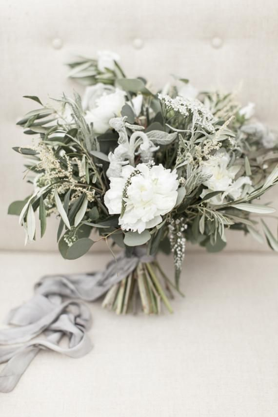bouquet flower elegant bridal bouquet 2379146 weddbook
