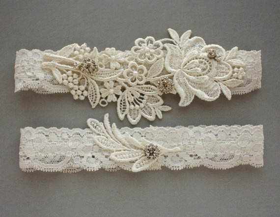 "Свадьба - Lace Wedding Garters - Ivory Garter Set with Crystals - Rhinestone Bridal Accessories - Available in Ivory or White - ""Flora"""