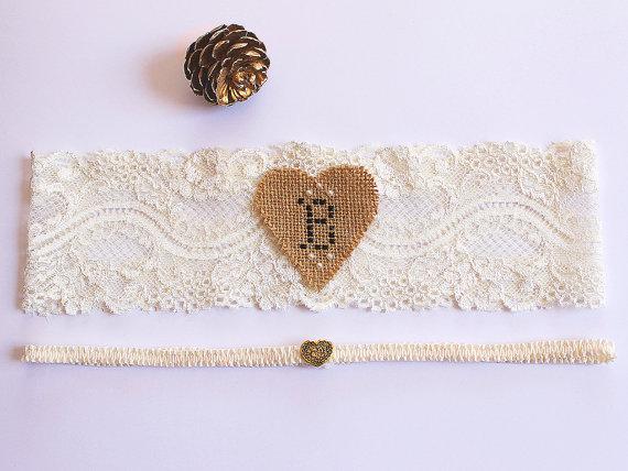 Mariage - Rustic Personalized Monogram Wedding Lace Garter Set, Barn Wedding Fall, Ivory Bride Garter, Bridal Shower Gift, Burlap Garter, Heart Garter