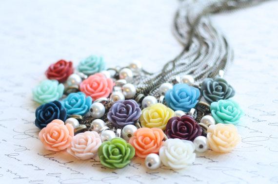 Hochzeit - Bridesmaid Rose Necklace - Flowergirl Rose Necklace - Rose Necklace - Mint Wedding - Vintage Wedding - Lilac Wedding - Peach Necklace - Navy