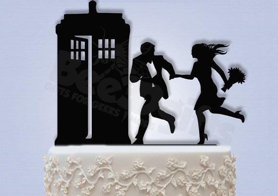 Mariage - Hurry to the Tardis Cake Topper