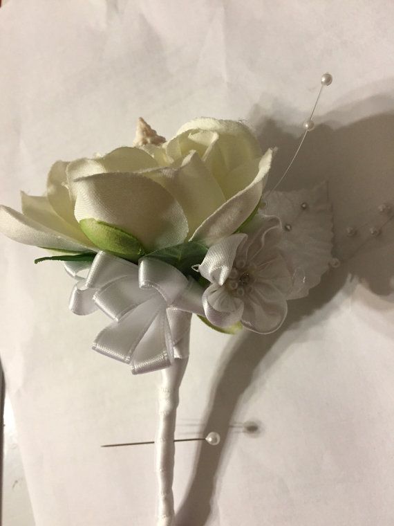 زفاف - Seashell Beach Destination Wedding Sea Shell Boutonniere Corsage Pearls Flower